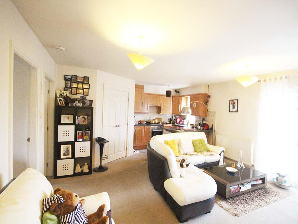 2 bedroom apartment For Sale in Colne - IMG_8082 2.jpg
